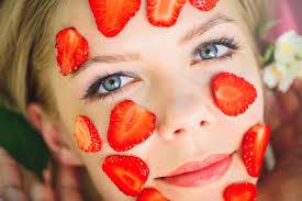 Нормальная кожа при помощи фруктов и овощей